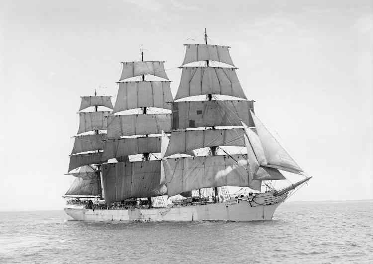 سفينة